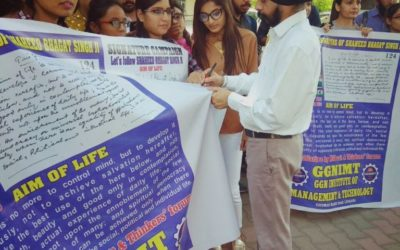 GGNIMT HOLDS SIGNATURE CAMPAIGN ON BHAGAT SINGH'S 'AIM OF LIFE'